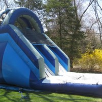 Single Lane Water Slide with Pool