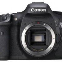 Canon EOS 7D Digital SLR Body